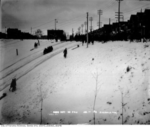 #Toronto's Riverdale Park in the 1920's