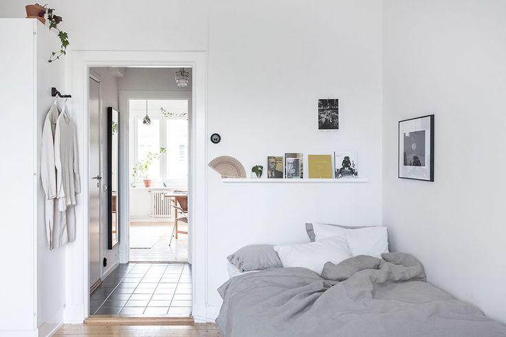 Mini apartamento tipo estudio pequeño con decoración nórdica y minimalista 5
