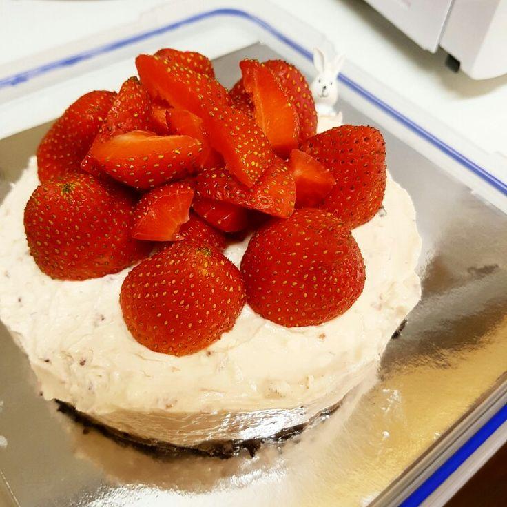Non Bake Strawberry Cheesecake