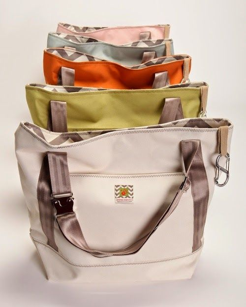 Messy Marvin Tote Review http://www.mtmommy.com/2014/12/messy-marvin-review-and-giveaway.html