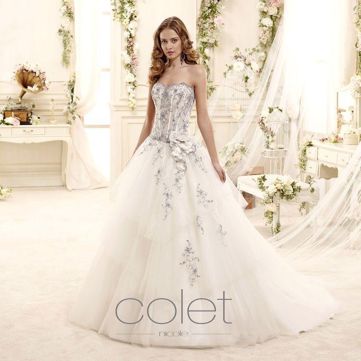 http://www.nicolespose.it/it/ #Colet #collection for #nicolespose #weddingdress #wedding #abitidasposa #alessandrarinaudo #nicole #labitodeisogni #bianco #white #blue