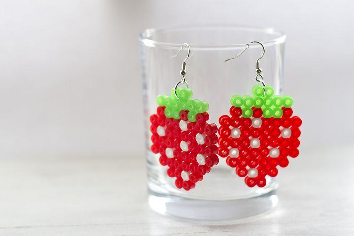 Strawberries earrings hama perler by Cronoline Carosell