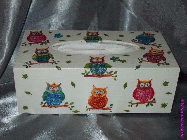 Collage serviette papier & brillant - Chouettes - Boite à Mouchoirs - Décoration -. Blog : http://broderiemimie44.canalblog.com/