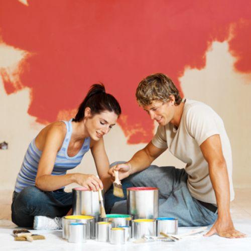 Esistono tante idee e tante tecniche diverse, ma se avete voglia di provare a cimentarvi con i colori per rinnovare le pareti della vostra casa, in pochi passi vi spieghiamo come fare, quale è la pittura da usare ed  alcuni trucchi per ottenere un lavoro da professionisti....per vedere come clicca su questo link http://www.crealacasa.it/dipingere-parete-soli-i-trucchi-prima-parte-i/#prettyPhoto #colori #trucchi