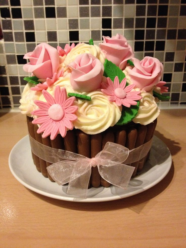 cupcake cake designs cupcake bouquet design cakes cupcakes and 3226