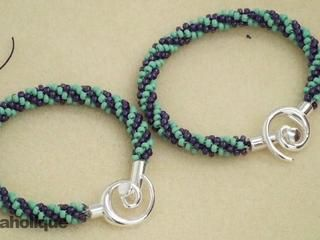 How to Braid Beaded Kumihimo and Make a Bracelet