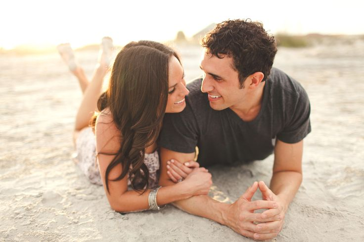 love this beach engagement photo by Ben Sasso