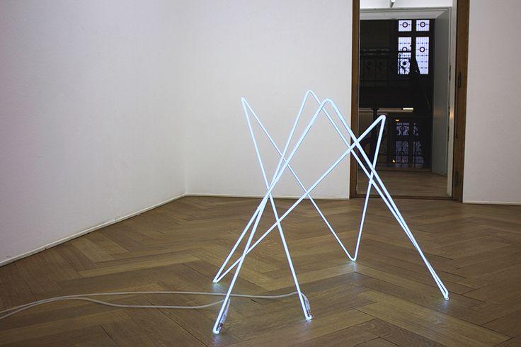light sculpture / neon / B-V