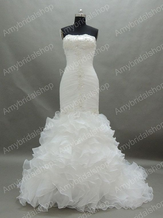 Hey, I found this really awesome Etsy listing at https://www.etsy.com/listing/201249579/gorgeous-strapless-white-organza-mermaid
