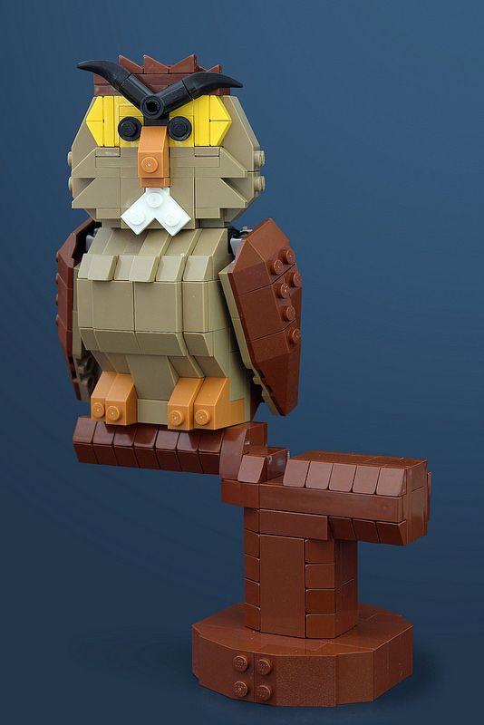 EDUCATED OWL?!? Archimedes Owl | by Legohaulic