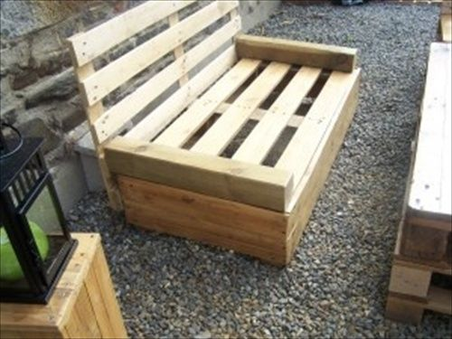 Indoor And Outdoor Pallet Bench Sitting Area Pallet