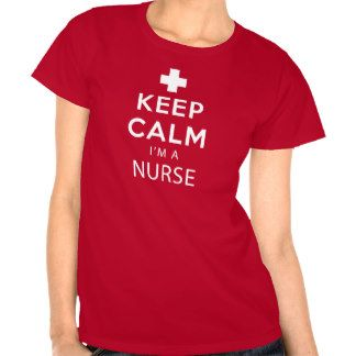 Mantenha a calma que eu sou uma enfermeira camiseta