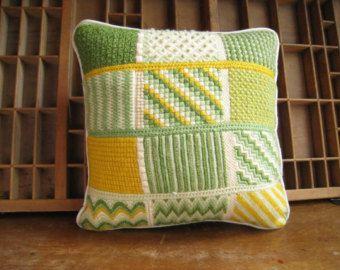 Vintage Needlepoint Bargello Pillow 14 Square.