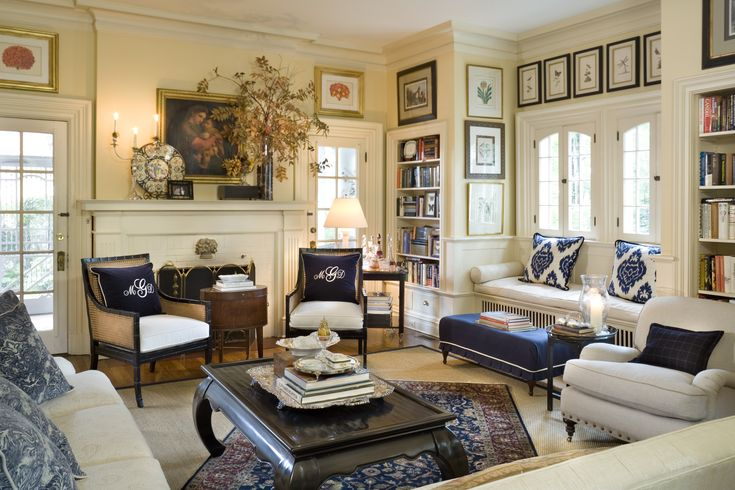 room is nicely proportioned--want to straighten the rug: Window Benches, Decor Ideas, Mary Carol, Living Rooms, White Living, Built In, Nell Hill, Window Seats, Blue And White