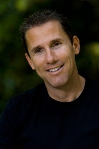 Nicholas Sparks - this mans wife is so lucky to have such a hopeless romantic!
