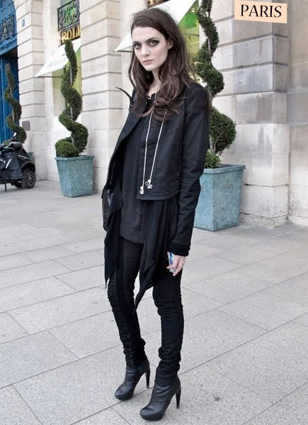 french street fashion loves   deep side part...   Pinterest
