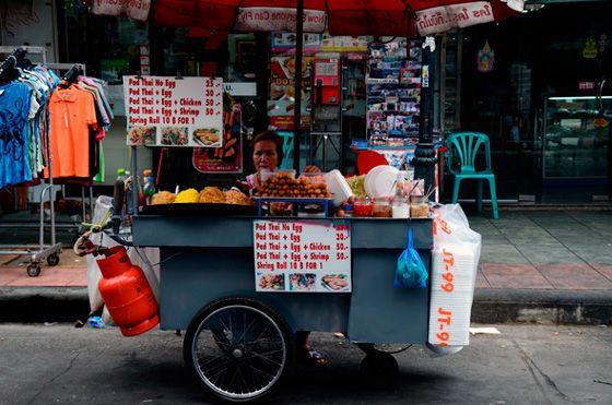 Platillos representativos de la comida callejera asiática   http://caracteres.mx/platillos-representativos-de-la-comida-callejera-asiatica/?Pinterest Caracteres+Mx