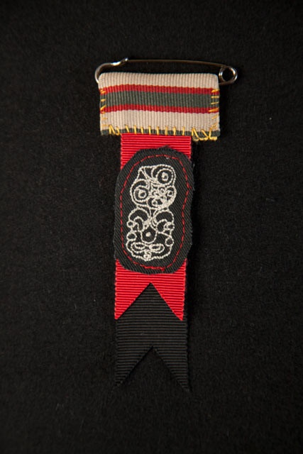Native Agent Honour Badge: Love these badges