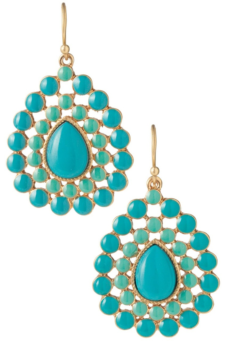 Love all the Stella and Dot Jewlery! Really like the color of these. Charlize Teardrop Earrings