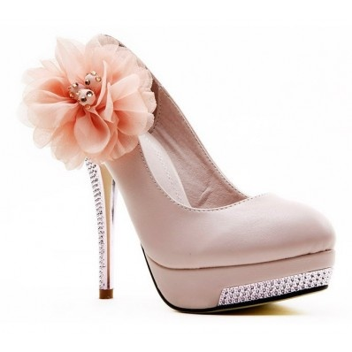 Hot Luxus Traum Abendschuhe Plateau High Heels Strass Pumps Stiletto Frauen Schuhe  Beste Verarbeitung und feinste Qualität!    Elegante Abendschuhe Highheels in zeitlosem Deisgn.    Das Plateau sorgt für angenehmen Stand!Die Auswahl lässt keine Wünsche offen.   http://www.global-onlineshop.de/damenschuhe/high-heels/hot-luxus-traum-abendschuhe-plateau-high-heels-strass-pumps-stiletto-frauen-schuhe.html