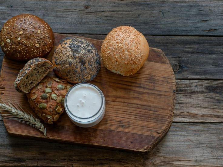 Αφράτα ψωμάκια γιαουρτιού