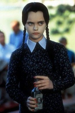 Cheap and easy halloween fancy dress ideas for girls and teens - Wednesday Adams