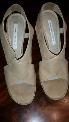 Diane Von Furstenber Women US 9M Tan Peep Toe Platform Heel