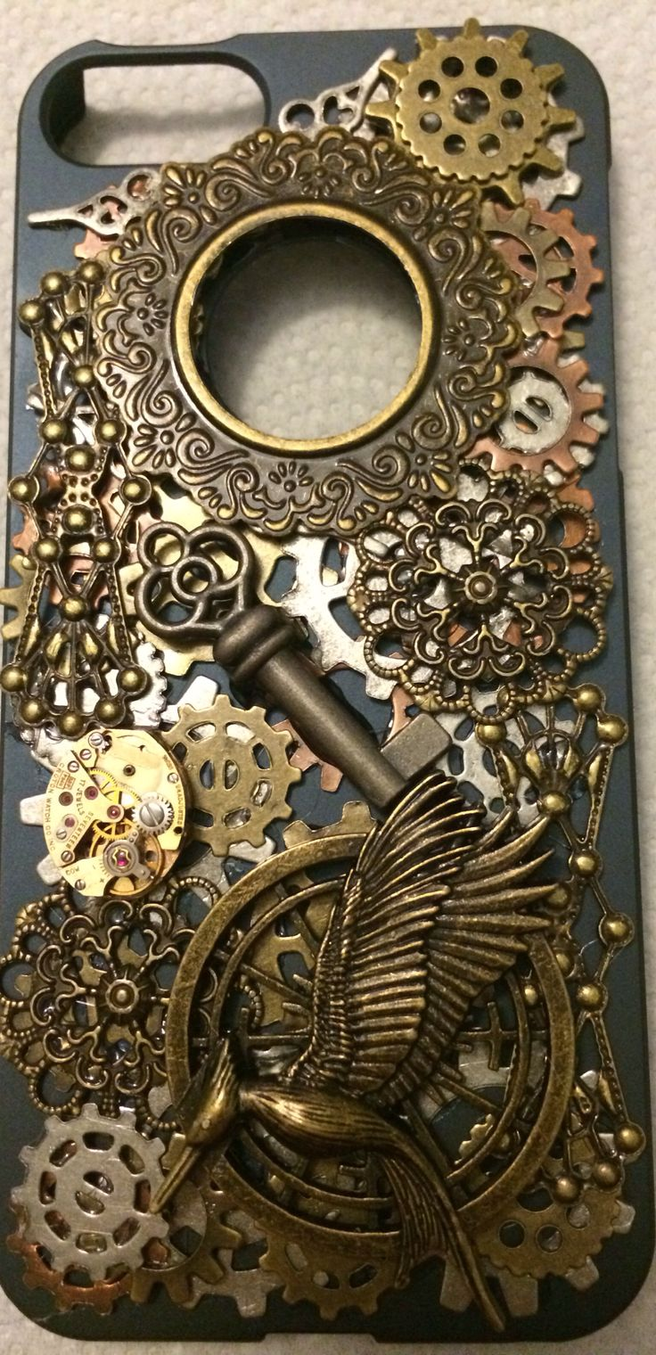 Homemade steampunk phone case - could even pour resin over it... if only I had an I phone