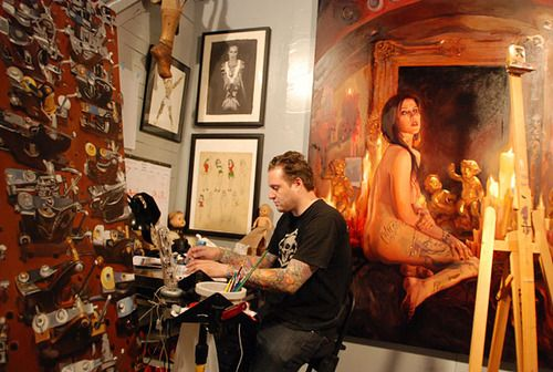Shawn Barber working on the painting of Kat von D