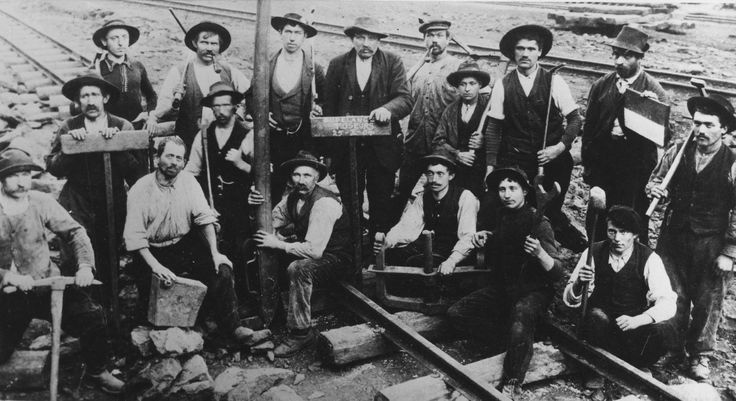 Lavoratori delle strade ferrate (esamponari) a Dudelange, Lussemburgo, 1904
