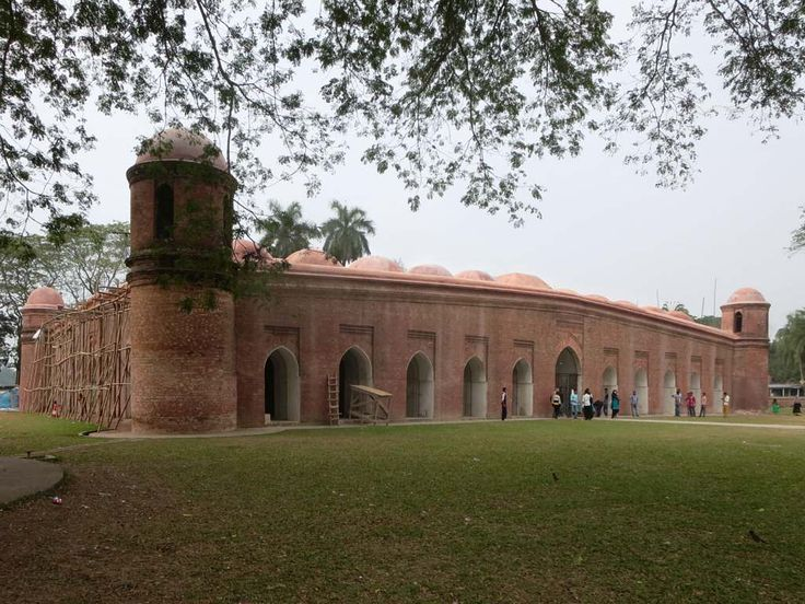 """Shait Gumbad Mosque (1459) at Bagerhat, Bangladesh, has 77 domes although the name translates """"60 Dome Mosque""""."""