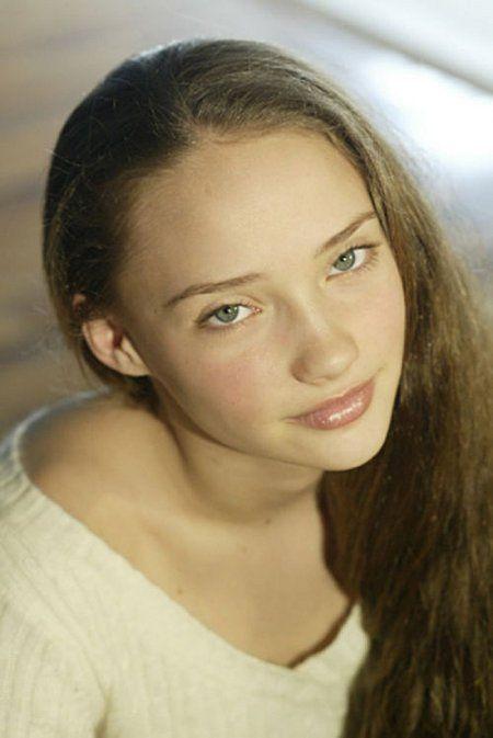 Samantha Burton was sooo pretty in the sandlot 2