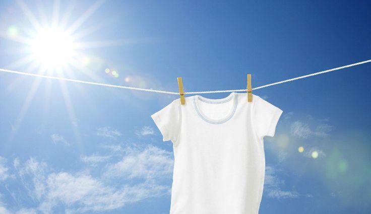 Απολαύστε όλα τα οφέλη της χλωρίνης στα ρούχα σας, χωρίς να έχετε τις βλαβερές συνέπειές της.