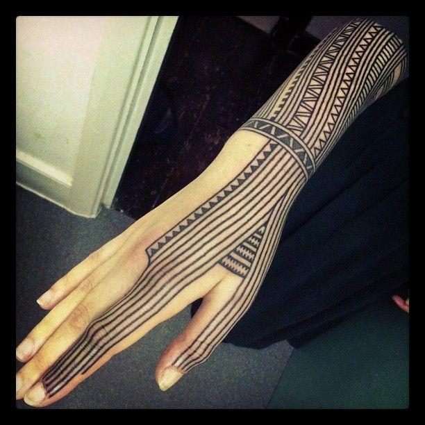 _ finger & sleeve tattoo by nazareno tubaro _