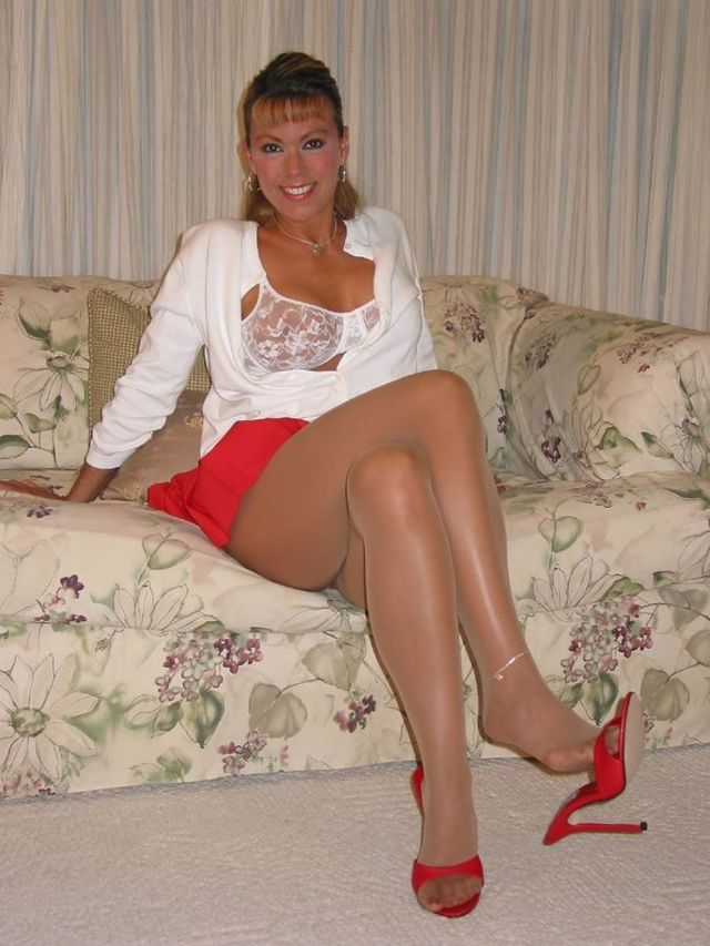 Beez jb pantyhose video