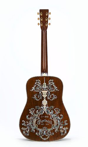 Back side of Wish to own :)  http://tinyurl.com/7v5at26: 1 000 000Th Guitar, Plays Guitar, Martin Guitar, Awsom Guitar, Acoustic Guitars, Cf Martin, D100 Delux, D 100 Deluxe, Dreams Guitar