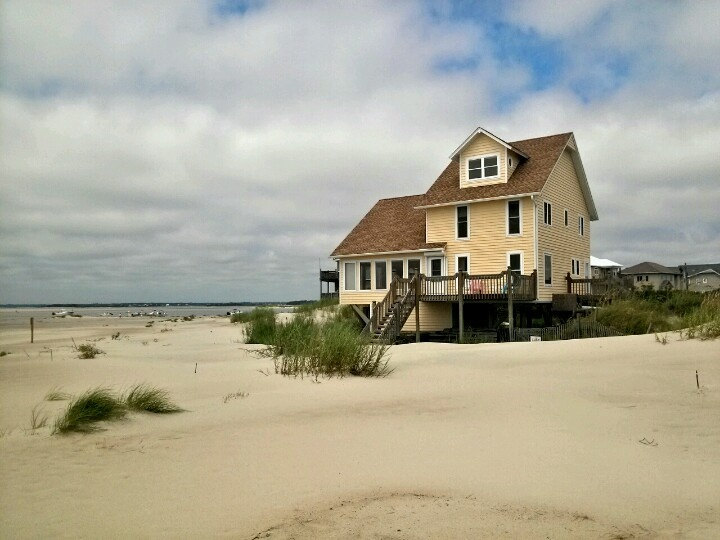 Almond House Located At The Western Most Point Of Emerald Isle North Carolina Nc Beach Ocean Emeraldislenc Get Your Toes In Sand