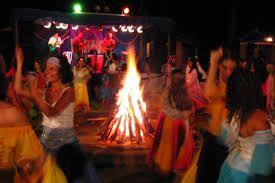 Resultado de imagem para festas ciganas