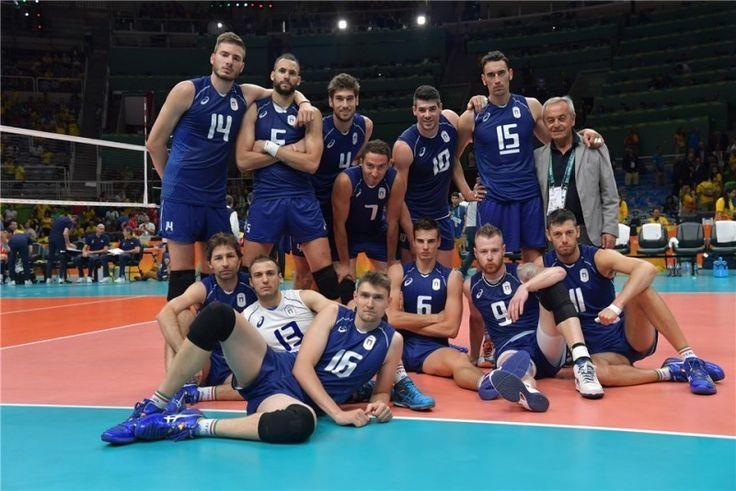 Squadra maschile. Foto di gruppo