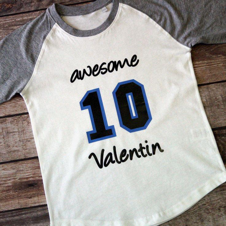 Personalisiertes Langarmshirt, Baseballshirt mit Name und Zahl z. Geburtstag, Namensshirt, Zahlenshirt, Glitzeraufdruck von LittleVIP2015 auf Etsy