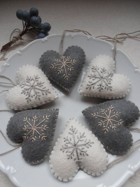 Set of felt heart shaped decorations  6 by HungarianArtisans, $22.00
