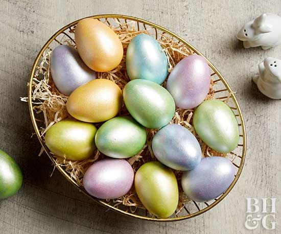 Transform a set of plain eggs into a gorgeous Easter display! Grab pearlized paint, eggs and follow our step-by-step instructions to transform your eggs. Plus, you can use ceramic eggs for a display that can be used for years to come. #eastereggs #pearlizedeggs #eastercrafts