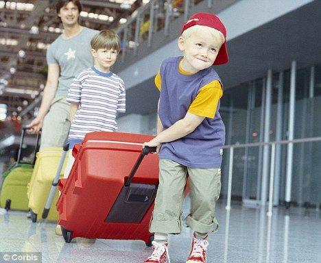 #luggage #suitcase #travel #world #istanbul #paris #london #çanta #valiz #valizetiketi valiz modelleri, valiz çeşitleri #çekçek #valizaksesuarı #valizmodası #bag #valiz #bavul #tatil #izmirvaliz #antalyavaliz #istanbulvaliz #google #turkey #plasticbag