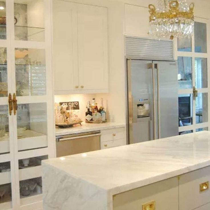 1000+ Ideas About Glass Front Cabinets On Pinterest
