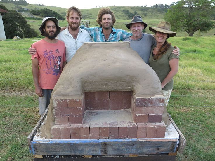 How to build a simple wood-fired oven