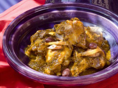 Tajine mit Hähnchen, Oliven und Zitrone