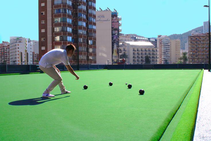 Bowling Green | El Hotel Don Pancho es el único hotel en la ciudad que dispone de un Bowling Green en Benidorm | Hotel Don Pancho is the only hotel in the city that has a Bowling Green in Benidorm | #benidorm #hoteldonpancho #hotel #bowlinggreen