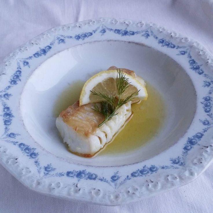Paistettua turskaa ja kirkastettua voita. #turska #kala #itsetehty #ruokablogi #ruoka#kotiruoka #herkkusuu #lautasella #Herkkusuunlautasella#ruokasuomi