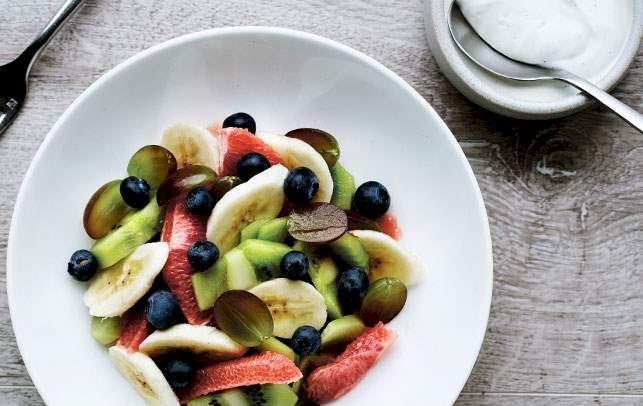 Frugtsalat med vaniljecreme - ALT.dk