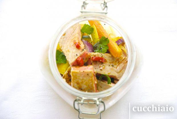#jarsalad Insalata tiepida con verdure e tonno al miele e soia in barattolo
